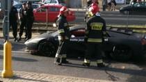 'Siêu bò' Lamborghini Murcielago gặp nạn, hai người bị thương