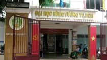"""UBND TPHCM đề nghị xử lý hình sự vụ """"giam lỏng"""" Giám đốc Sở Nội vụ"""