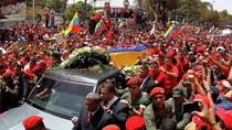 Lễ rước linh cữu, viếng Tổng thống Chavez tại Học viện Quân sự Caracas