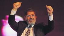 Tổng thống Ai Cập bị lật đổ hầu tòa vì kích động giết người biểu tình