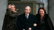 Thị trưởng Hà Lan đòi trục xuất con gái Putin trả đũa vụ MH17