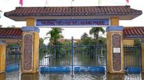 Mưa lũ kéo dài, 130 trường học ở Thừa Thiên Huế không thể giảng dạy