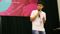 Học sinh trường chuyên sáng chế chân giả thông minh cho người khuyết tật