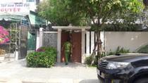 Xe Bộ công an xuất hiện ở nhà ông Nguyễn Ngọc Tuấn