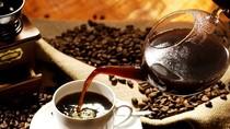 Người Việt đang uống cà phê theo phong trào... kỳ quặc?