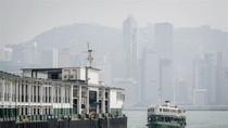 Hồng Kông đắm phà, hơn 120 người rơi xuống biển