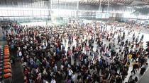 Người dân Trung Quốc ùn ùn đổ về thành phố sau Tuần lễ Vàng