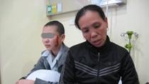 Cô gái bị xăm rết lên mặt: Người thân gia đình lo thấp thỏm