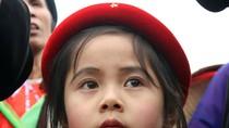 """Hình ảnh độc đáo: Xem các """"liền chị nhí"""" biểu diễn ở Hội Lim -Bắc Ninh"""
