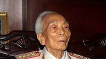 Sinh viên làm thơ 7 chữ về Đại tướng Võ Nguyên Giáp