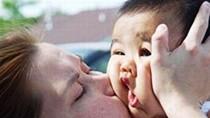 Hình ảnh sưu tầm trên mạng về trẻ em nghộ nghĩnh không lời bình (P3)