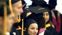 Điểm sàn đại học và ước mơ du học