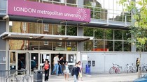 Hơn 2000 du học sinh có nguy cơ bị trục xuất khỏi nước Anh