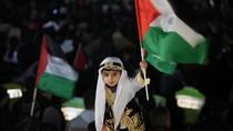 """Dân Palestine tràn ra đường ăn mừng đất nước có """"giấy khai sinh"""""""