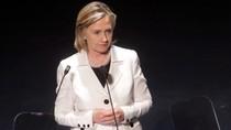 Ngoại trưởng Hillary Clinton hoãn công cán nước ngoài vì đau bụng