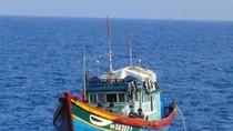 """THX: Tàu hải quân Trung Quốc chỉ """"bắn chỉ thiên"""" tàu cá Việt Nam!?"""