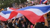 Người biểu tình Thái Lan bao vây trụ sở 4 bộ