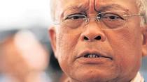 Suthep kêu gọi phá kho thóc chính phủ bán chia cho nông dân Thái Lan