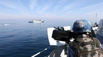 """""""Trung Quốc tập trận hải quân để lấy lại vùng biển đã mất""""?!"""