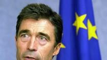 NATO: Nga đã kéo pháo binh vào lãnh thổ Ukraine