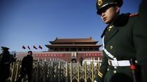 Phạt tù kẻ ném chai nước bẩn vào ảnh Mao Trạch Đông ở Thiên An Môn