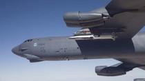 Mỹ điều B-52 áp sát đảo nhân tạo Trung Quốc bồi lấp bất hợp pháp ở Trường Sa