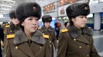 Tại sao ông Kim Jong-un đột ngột hủy diễn ở Bắc Kinh, rút Moranbong về nước?