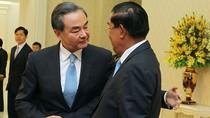 """Trung Quốc """"thưởng"""" Campuchia 600 triệu USD vì 5 lần ủng hộ chống PCA"""