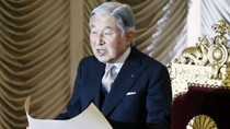 Thông điệp của Nhật hoàng và cái phao cho Thủ tướng Shinzo Abe