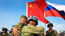 """""""Nga - Trung tập trận chung chỉ để ứng phó với thế giới khủng hoảng"""""""
