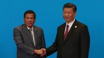 """Philippines trước lựa chọn """"củ cà rốt"""" Trung Quốc và quyền chủ quyền ở Biển Đông"""