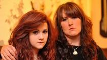Nữ sinh bị đình chỉ học vì màu tóc không tự nhiên