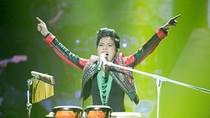 Vũ Cát Tường 'lột xác' trong đêm Chung kết Giọng hát Việt 2013
