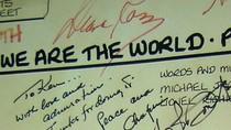 Độc quyền: Bộ kỷ vật vô giá của Michael Jackson ở Việt Nam