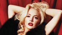 Lộ toàn bộ 11 ảnh nude Lindsay Lohan chụp cho Playboy
