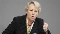 """Bộ trưởng Đức bị tước bằng tiến sĩ vì """"đạo văn"""""""