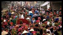 Những phiên chợ Tết độc đáo của người Việt