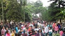 Chuyện động trời ở Hà Nội: Nhà Chủ tịch và trụ sở UBND xã bị phá