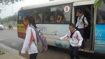 HS trường Ams cầu cứu Bộ trưởng Đinh La Thăng về xe buýt