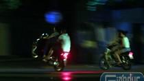 """Video: Những """"quái xế"""" không """"sợ chết"""" lượn khắp đường phố Hà Thành"""
