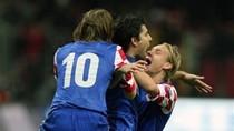 Thắng '3 sao' tại đất Thổ, Croatia đặt tay vào vé dự EURO
