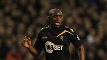 Cầu thủ đột quỵ Muamba đã tỉnh, Bolton kiểm tra tim mạch cầu thủ