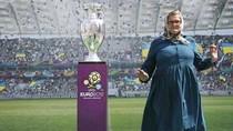 10 kịch bản hài hước nhất cho vòng chung kết EURO 2012