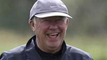 Sir Alex nổi hứng 'đòi' tự đá penalty