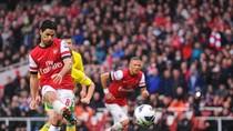 Arsenal 3 - 1 Norwich: Pháo thủ lội ngược dòng kịch tính