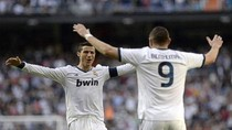 Real Madrid 4 - 3 Valladolid: Ronaldo lập cú đúp, Real thắng vất vả