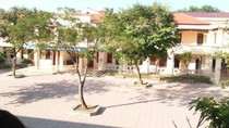 Trường Đường Lâm lạm thu, bắt phụ huynh đóng gần 4 triệu đồng