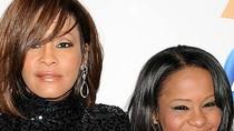 Con gái Whitney Houston thừa kế toàn bộ tài sản của mẹ