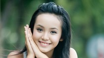 Lê Hoàng Bảo Trân: Dáng thanh tú, cười trong veo