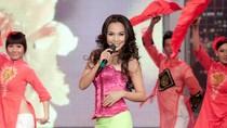 Đoan Trang, Hiền Thục xinh tươi, trẻ trung hơn tuổi